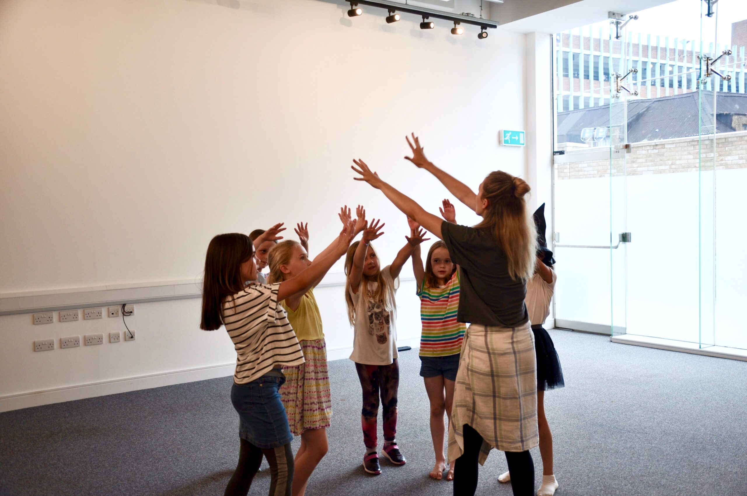 NEW Junior Voices Club with Voices Singing School